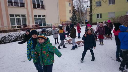 2021-02-04 Zabawy na sniegu gr4 001