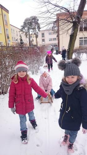 2021-02-04 Zabawy na sniegu gr4 002