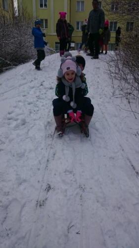 2021-02-04 Zabawy na sniegu gr4 004