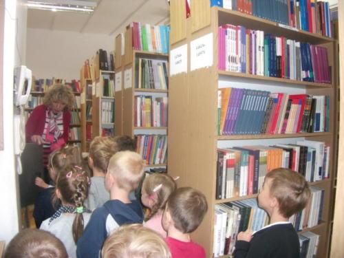 2019-09-17 Dziecięca Akademia Czytania Bajek - Gr4 16