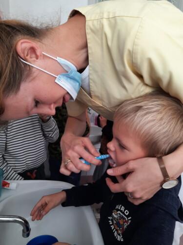 2021.09.30-Zajecia-edukacyjne-z-lekarzem-stomatologiem-Dbamy-o-nasze-uzebienie-Gr.-III-22-